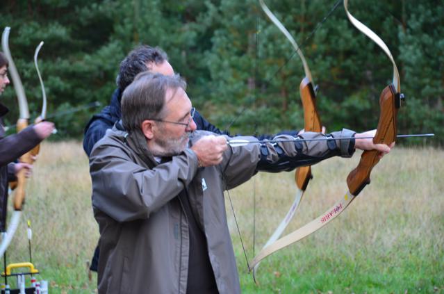 Brand KG – Federn Brand – Adventure Archery